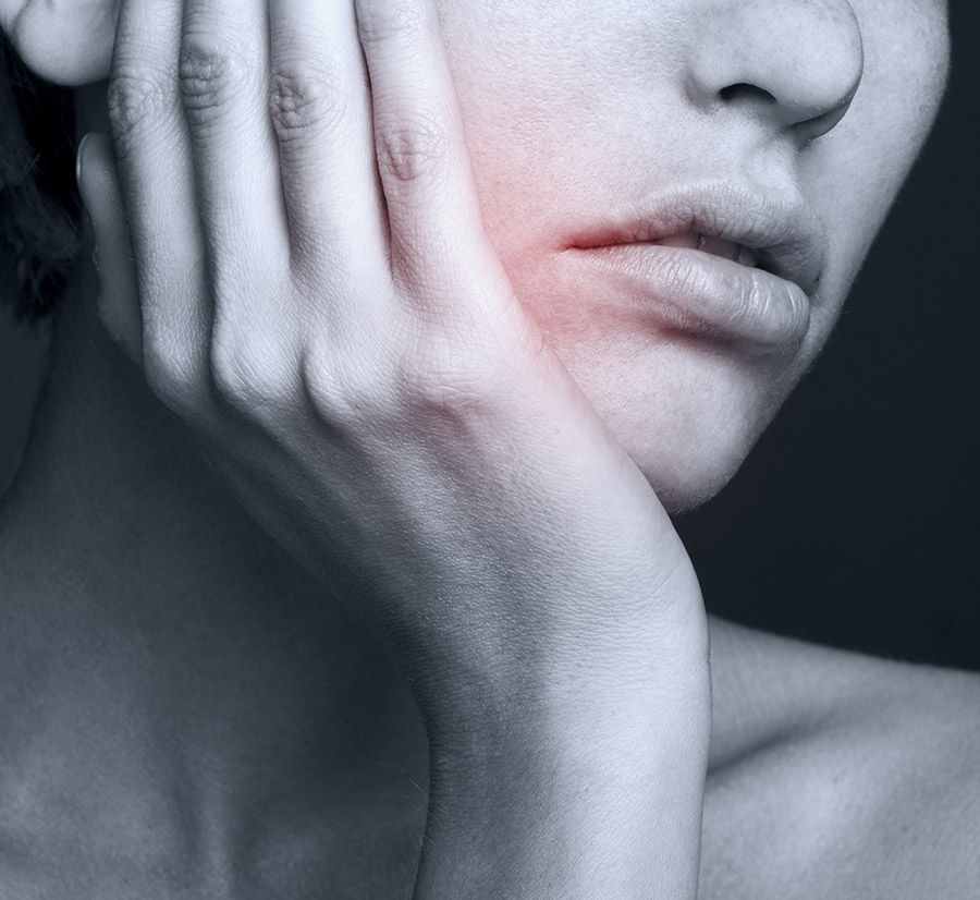 Dental Emergency Vancouver - Root Canal - Tooth Aches - Broken Teeth and other problems call us at 604.222.8430